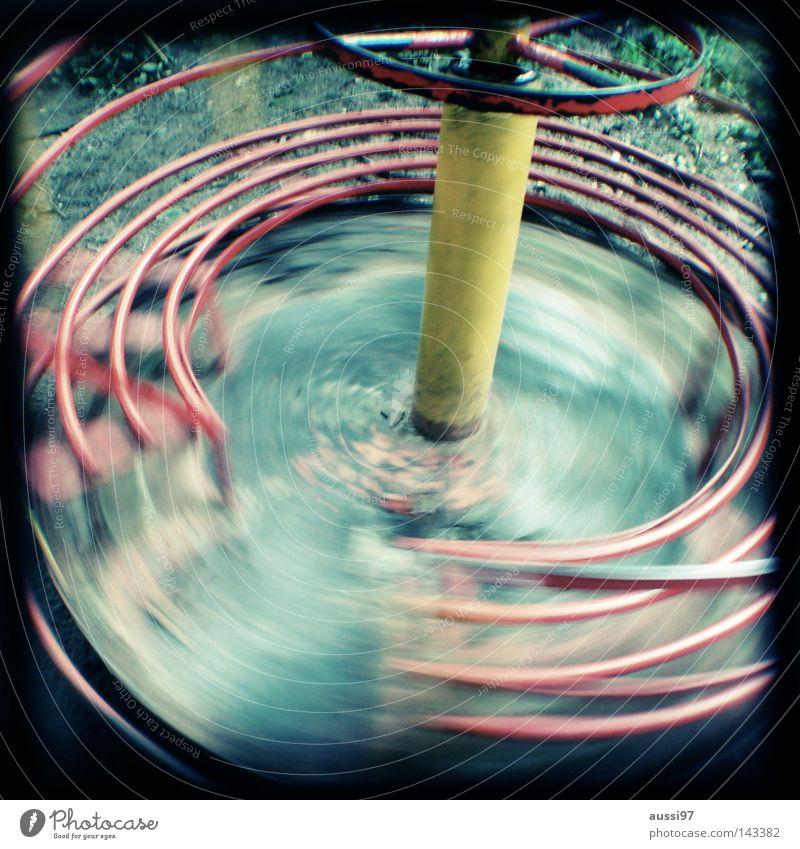 Rotation Licht Spielen Spielplatz Bewegung Spieltrieb Turnen Pause analog Sucher umrandet Rahmen Bewegungsunschärfe Spielzeug Schwindelgefühl Zufriedenheit