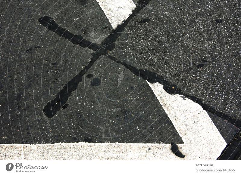 X Straße 2 Schilder & Markierungen Beton Rücken 3 Ecke Kommunizieren Asphalt 4 Christliches Kreuz 5 Verkehrswege 6 Straßenbelag