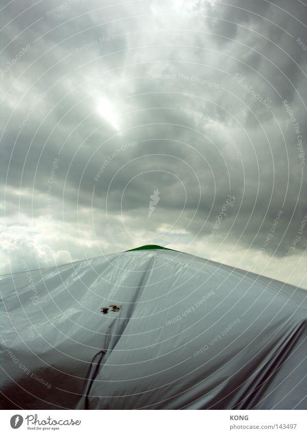 climb up that mountain Himmel Wolken Wetter Meteorologie Stimmung Nebel Dunst Wasserdampf Abdeckung Textilien Zelt schimmern grau trüb Falte Stoff Tuch Trauer