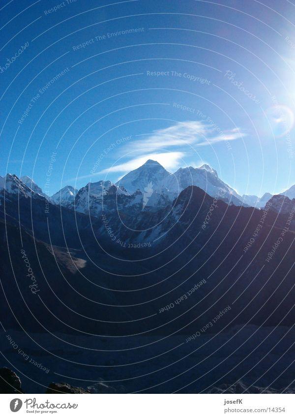 Everest2003-1 Gipfel Berge u. Gebirge Himalaya Aussicht Niveau