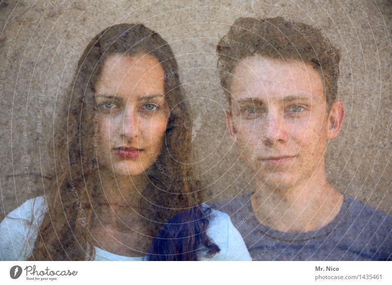 two become one Lifestyle maskulin feminin Junge Frau Jugendliche Junger Mann Geschwister Partner Gesicht 2 Mensch kurzhaarig langhaarig beobachten natürlich