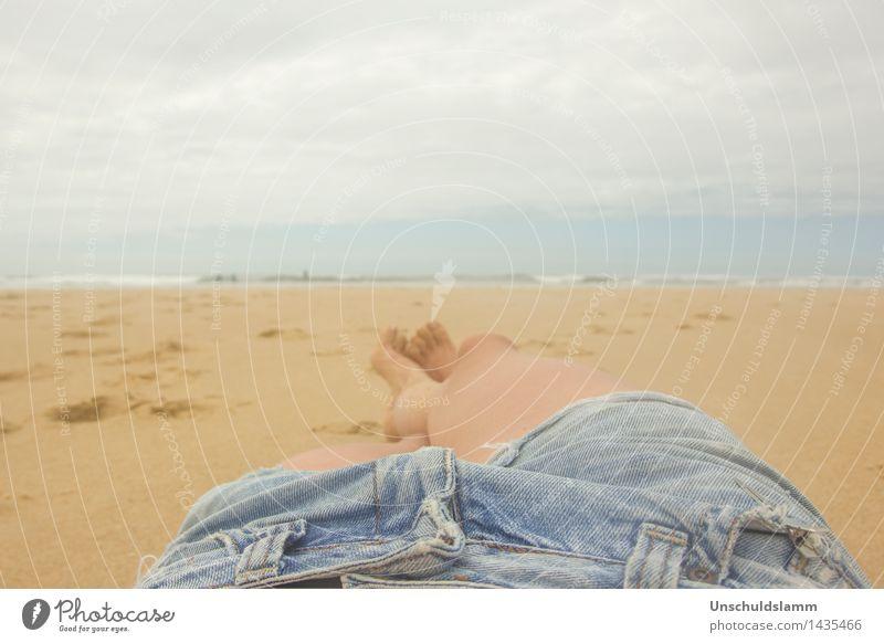 Sommer Selfie Lifestyle Wellness Erholung ruhig Ferien & Urlaub & Reisen Freiheit Strand Meer Mensch Frau Erwachsene Körper Beine 1 Natur Himmel Wolken