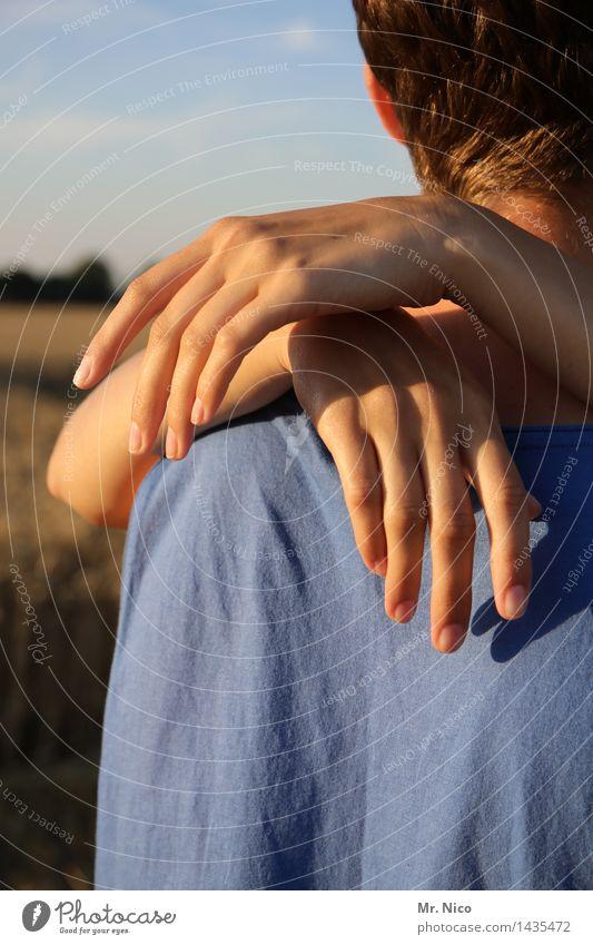päärchen Mensch Sommer Hand Umwelt Leben Liebe Gefühle feminin Glück Paar Zusammensein Freundschaft maskulin Finger Warmherzigkeit Romantik