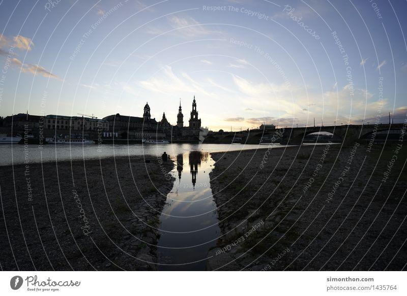 Dresden Stadt Landschaft Umwelt Architektur natürlich Gebäude Stimmung Deutschland ästhetisch Kirche Europa Brücke Fluss Bauwerk Skyline Wahrzeichen