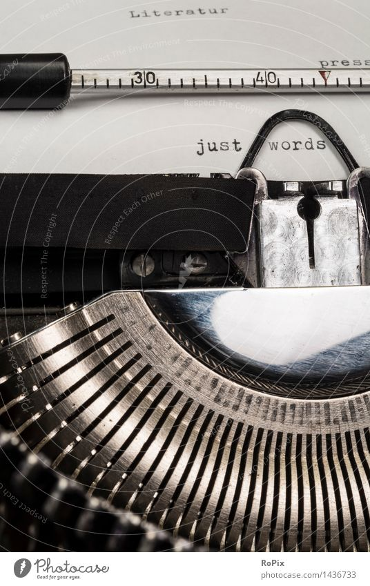 just words Erholung Meditation Bildung Erwachsenenbildung Schule lernen Büro Maschine schreiben Schreibmaschine Technik & Technologie Kunst Kultur Printmedien