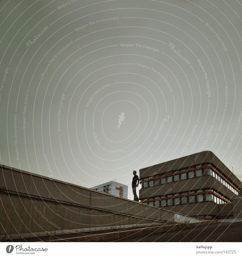 spandau ballet Mensch Himmel Mann Stadt Wolken Haus Fenster Straße Wand Architektur Wohnung Raum Hochhaus Wind stehen Perspektive