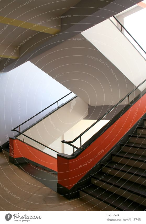 hausbau Architektur Treppe modern Treppenhaus klassisch Sachsen-Anhalt Bauhaus Dessau