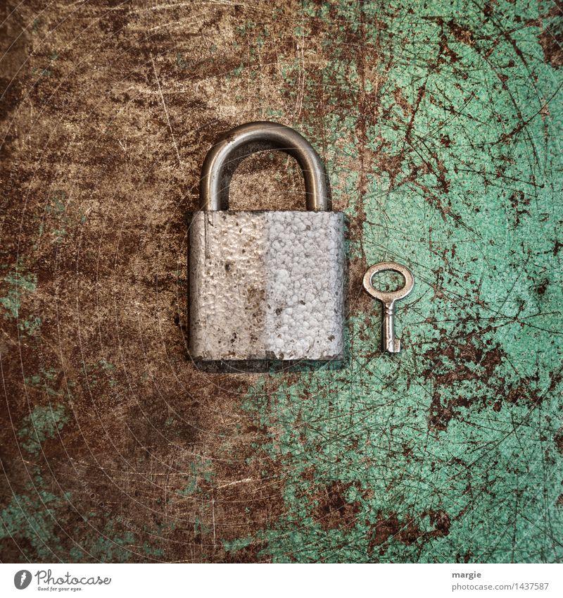 Schloss mit Shlüssel Q grün klein braun Metall Arbeit & Erwerbstätigkeit Technik & Technologie groß Baustelle Sicherheit Beruf türkis Rost