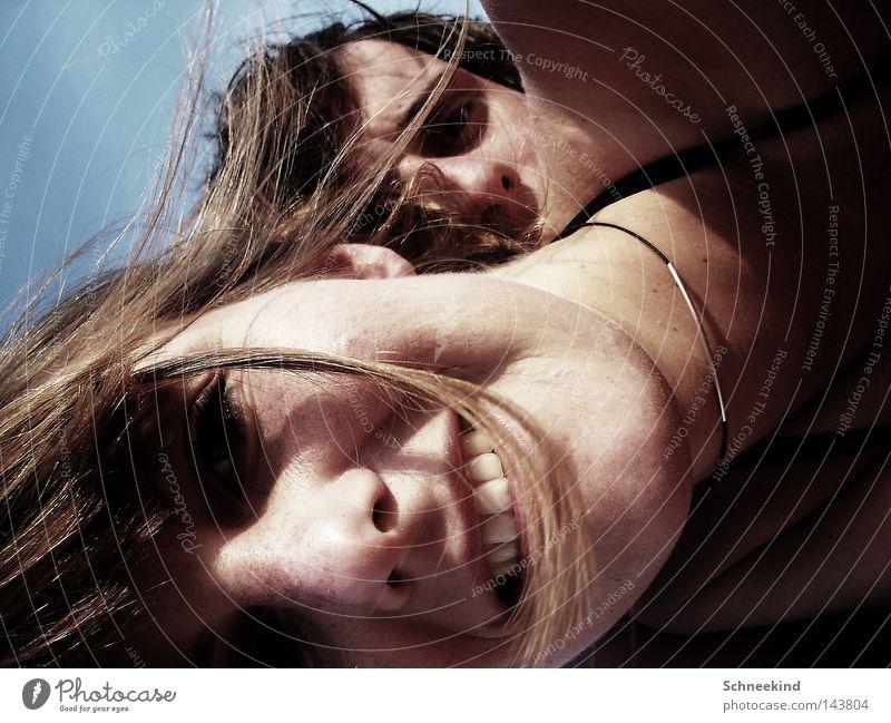 Strandkinder Frau Himmel Ferien & Urlaub & Reisen Jugendliche Mann Sommer Meer Erholung Freude Gesicht Liebe Haare & Frisuren lachen Glück Paar Freundschaft