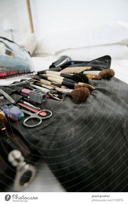 Hair Makeup Haare & Frisuren Werkzeug Kosmetik Friseur Handwerk Schminke Friseursalon Behaarung Pinsel Wimpern geschnitten Schere