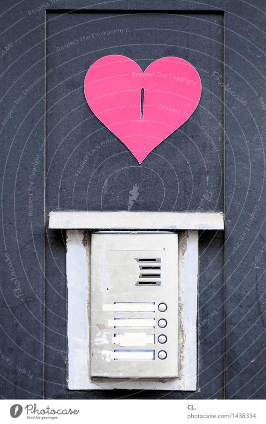 love for sale Prostituierte Dienstleistungsgewerbe Tür Klingel Gegensprechanlage Zeichen Schilder & Markierungen Geld Herz Erotik Klischee rosa Liebe Begierde