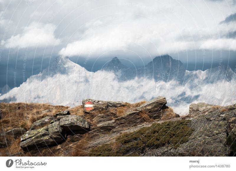 Kalt-Warm Natur Ferien & Urlaub & Reisen Ferne Berge u. Gebirge Herbst außergewöhnlich Freiheit Stein Felsen Tourismus wandern Schilder & Markierungen