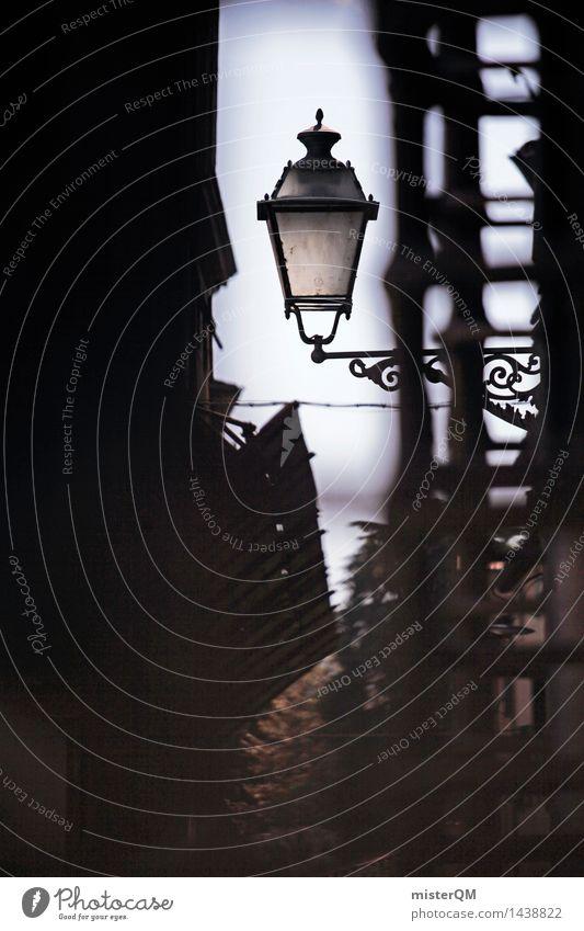 Lichtblick II Kunst Kunstwerk ästhetisch Lampe Laterne Laternenpfahl Lampion Straßenbeleuchtung Romantik Idylle verstecken Gasse mediterran Italien Lucca