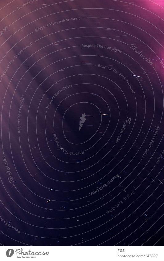 Sternspuren #2 Himmel weiß schön dunkel kalt Lampe hell Stern Studium Kreis Klarheit Spuren violett deutlich Strahlung Belichtung
