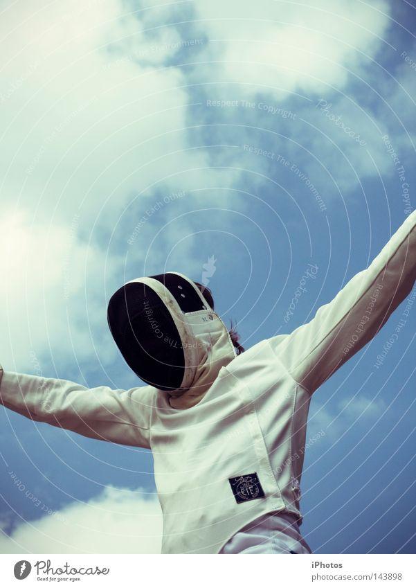 skyKNIGHTer Mensch Himmel weiß blau Freude Wolken Sport springen Spielen Zufriedenheit Arme fliegen hoch Aktion Freizeit & Hobby Maske