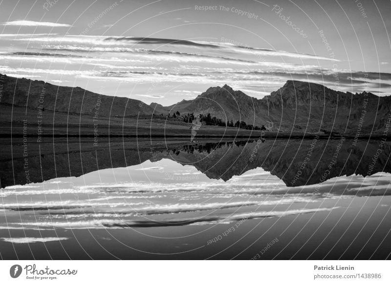 First Light harmonisch Zufriedenheit Sinnesorgane Erholung ruhig Ferien & Urlaub & Reisen Ausflug Abenteuer Ferne Freiheit Umwelt Natur Landschaft Himmel Wolken