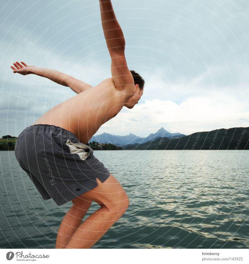 rolls royce Mensch Himmel Mann Jugendliche Hand Ferien & Urlaub & Reisen Erholung Berge u. Gebirge springen See Wasserfahrzeug Deutschland Wetter Körper Freizeit & Hobby Schwimmen & Baden