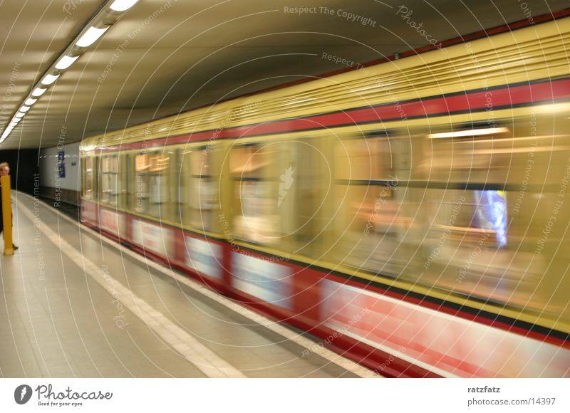 Die Bahn kommt Berlin Verkehr Eisenbahn Geschwindigkeit