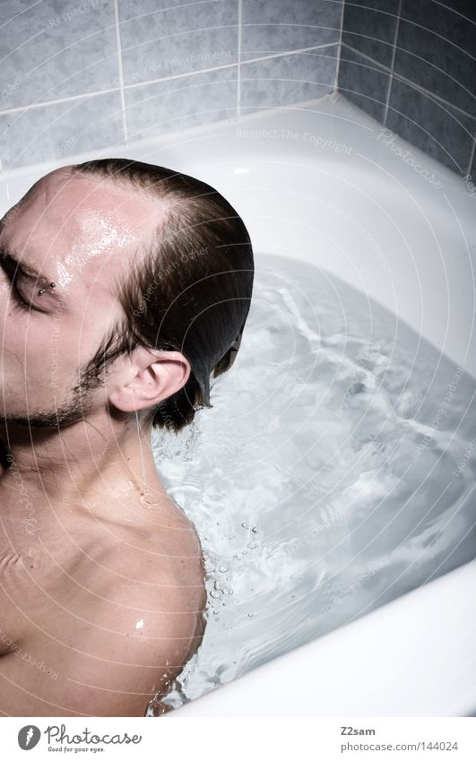 auferstanden Mensch Mann blau Wasser Gesicht Auge Tod Denken Haare & Frisuren Schwimmen & Baden Kopf Linie maskulin Luft Angst frisch
