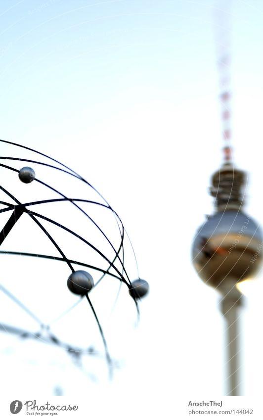 weltzeit Wahrzeichen Denkmal Blick leuchten träumen authentisch Bekanntheit erleben Freiheit Kommunizieren Leben Stadt Alexanderplatz Berlin Deutschland