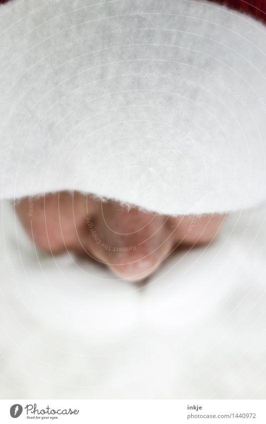 X Lifestyle Weihnachten & Advent Weihnachtsmann Frau Erwachsene Mann Weiblicher Senior Männlicher Senior Leben Gesicht Nase 1 Mensch Mütze Nikolausmütze Bart