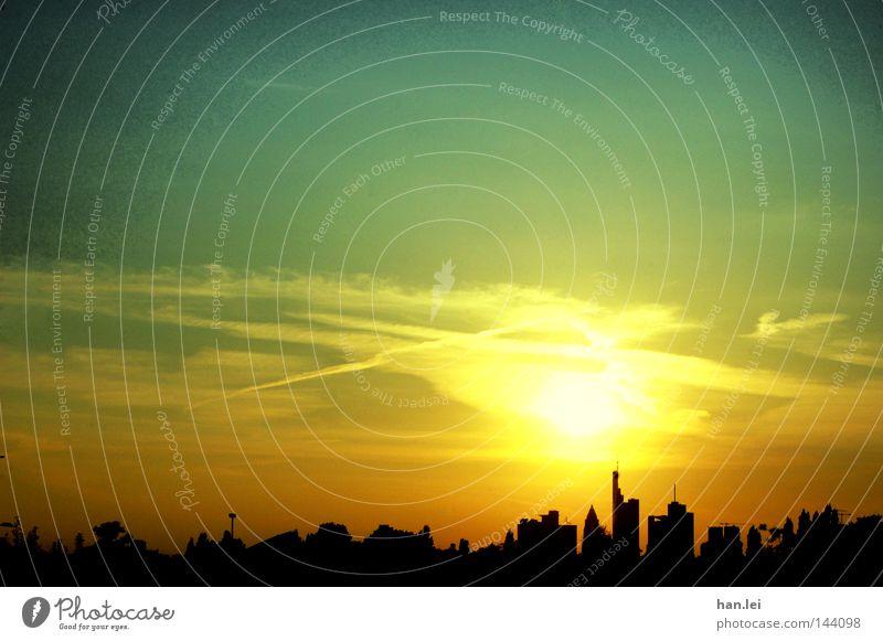 ffm skyline Himmel Stadt Sonne Haus Hochhaus Kommunizieren Geldinstitut Bankgebäude Skyline Silhouette Sonnenuntergang Abenddämmerung Frankfurt am Main