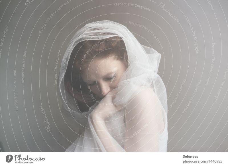 Winterruhe Haut Gesicht harmonisch Wohlgefühl Zufriedenheit Sinnesorgane Erholung ruhig Mensch feminin Frau Erwachsene 1 weich Gefühle Stimmung Warmherzigkeit
