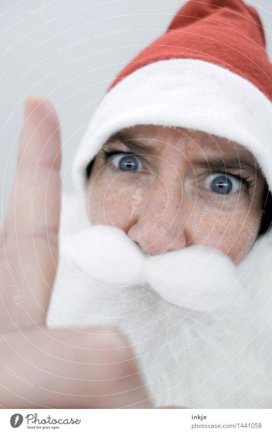 Seid Ihr denn auch wirklich immer brav? Lifestyle Weihnachten & Advent androgyn Frau Erwachsene Mann Senior Leben Gesicht Finger 1 Mensch Mütze Nikolausmütze