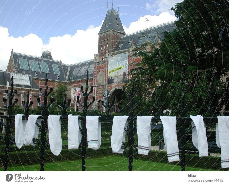 Reichsmuseum mit Tennissocken Gebäude Europa Amsterdam Rijksmuseum