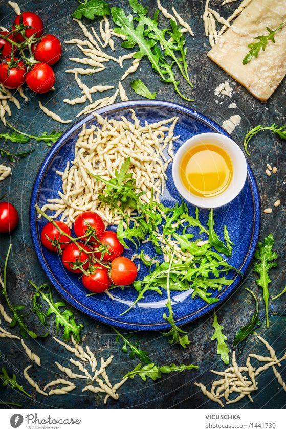Italienische Pasta und Zutaten fürs Kochen Gesunde Ernährung gelb Leben Essen Foodfotografie Stil Lebensmittel Design Kochen & Garen & Backen Kräuter & Gewürze