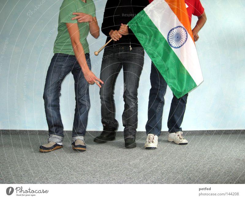 Here we go... Mensch Jugendliche Freude Ferien & Urlaub & Reisen Leben Beine Fahne Asien Indien Spannung