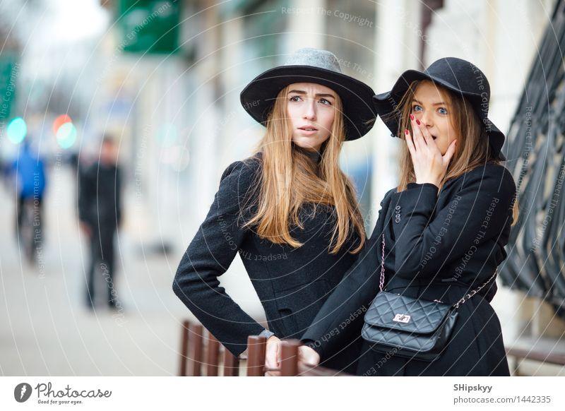 Mensch Frau Jugendliche schön Junge Frau weiß 18-30 Jahre Gesicht Erwachsene Auge Bewegung Stil lachen Haare & Frisuren hell Freundschaft