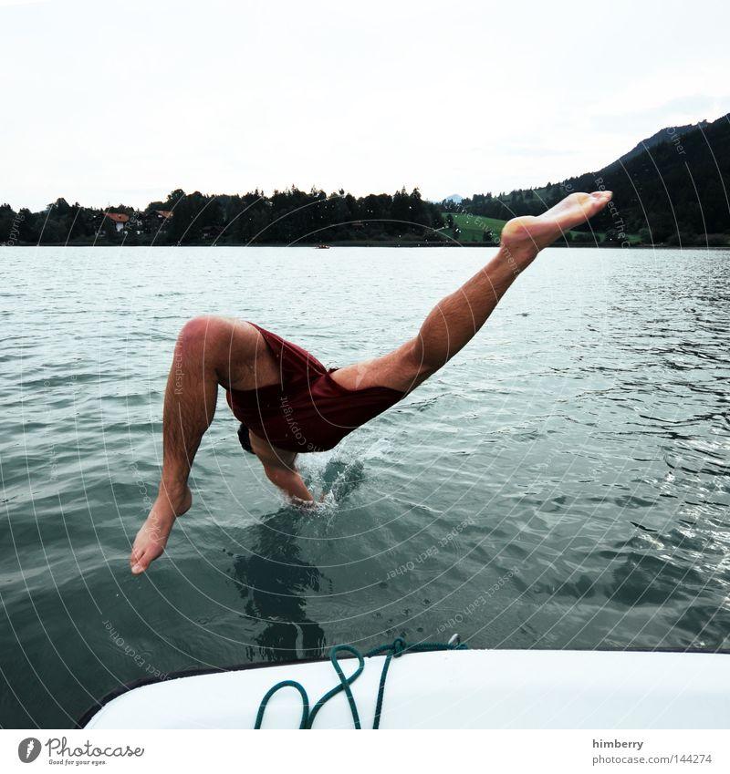 touchdown Himmel Jugendliche Hand Ferien & Urlaub & Reisen Sommer Erholung kalt Berge u. Gebirge Spielen springen See Wasserfahrzeug Deutschland Wetter