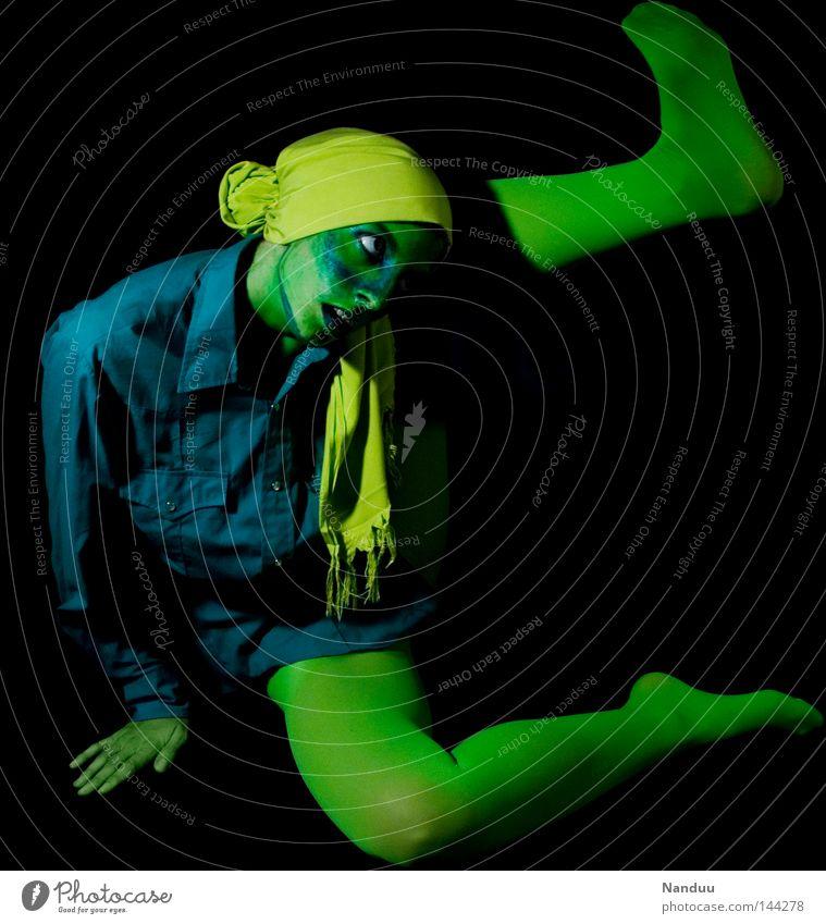 raus! Mensch blau grün schwarz gelb dunkel Gefühle Traurigkeit träumen Kunst Tanzen sitzen Trauer Körperhaltung Stoff Kultur