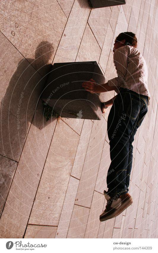 BLN | ER HAT DEN FLOW pt.II Mann weiß Sommer schwarz Spielen grau Stil Beine hell Linie sitzen Freizeit & Hobby Arme maskulin Platz Beton