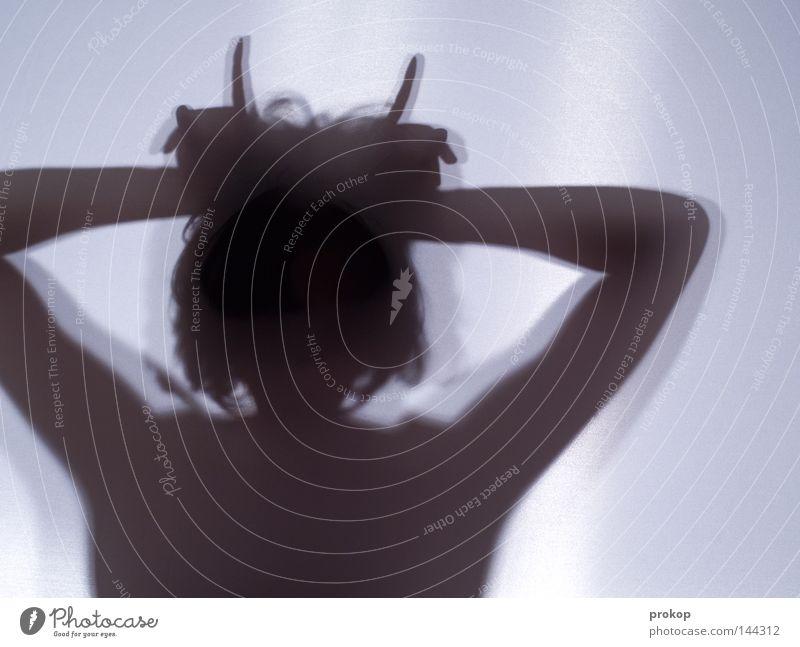 Wut Frau feminin Schatten Silhouette Körper zerbrechlich zart fein schön attraktiv fremd anonym Horn Bock Teufel Kraft Macht