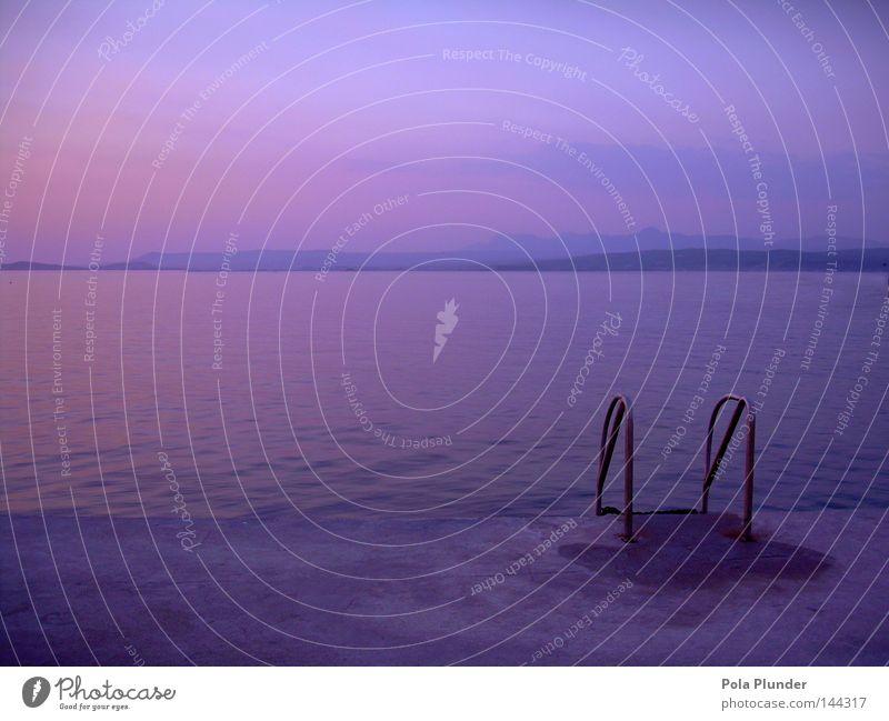 endlich ein eigener pool! Himmel blau Wasser rot Ferien & Urlaub & Reisen Sommer Meer Strand Wolken Küste See träumen Stimmung orange Horizont rosa