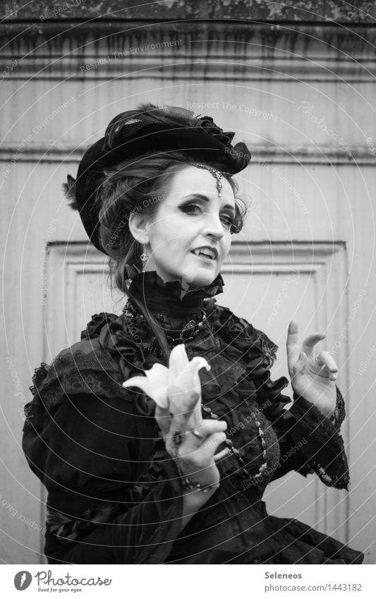 Vampire Kosmetik Karneval Halloween Mensch feminin Frau Erwachsene 1 Lilien Bekleidung gruselig Vampirzähne Barock Rüschen Rüschenkragen Rüschenkleid Schmuck