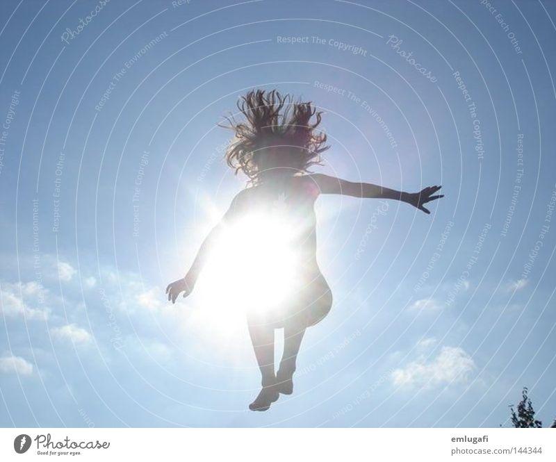 Jump2 Himmel Sonne blau Freude Wolken Leben springen Freiheit Glück Haare & Frisuren frei Fröhlichkeit Alkoholisiert schwanger Gegenteil