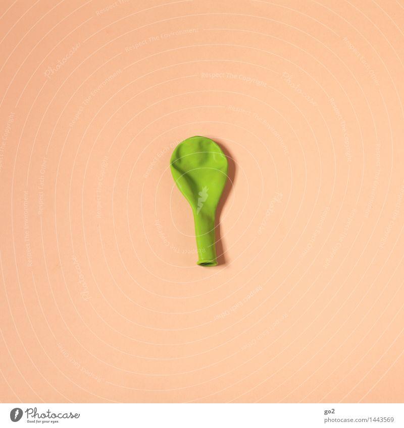 Grün auf Beige grün Farbe Freude Feste & Feiern braun Party Design Freizeit & Hobby Dekoration & Verzierung Geburtstag Fröhlichkeit ästhetisch einfach Luftballon Silvester u. Neujahr Karneval