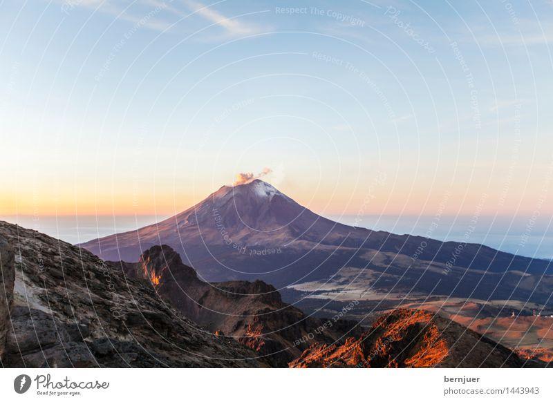 Morning glory Himmel Natur blau Sommer Landschaft Wolken Berge u. Gebirge Umwelt Schnee Stein braun Luft Erde wandern authentisch Schönes Wetter