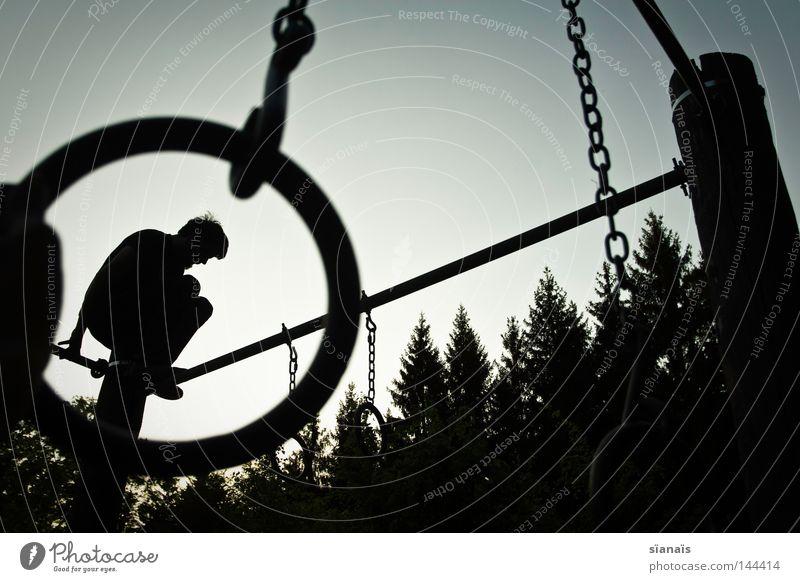 raubtierdressur ;) Himmel Mann Natur Jugendliche Hand Baum Freude schwarz Wald Spielen Freiheit Bewegung Glück Zufriedenheit frei gefährlich