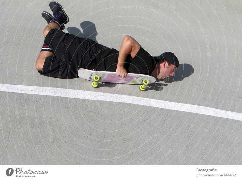 extremsportarten...voll im trend! Skateboarding Schwung Geschwindigkeit Freizeit & Hobby rosa Stil Kick Sport Körperbeherrschung Zufriedenheit Beton