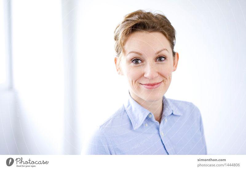 Business Mensch Jugendliche 18-30 Jahre Erwachsene feminin Schule Business Zufriedenheit Büro Kraft Erfolg Fröhlichkeit lernen Studium Team Bildung