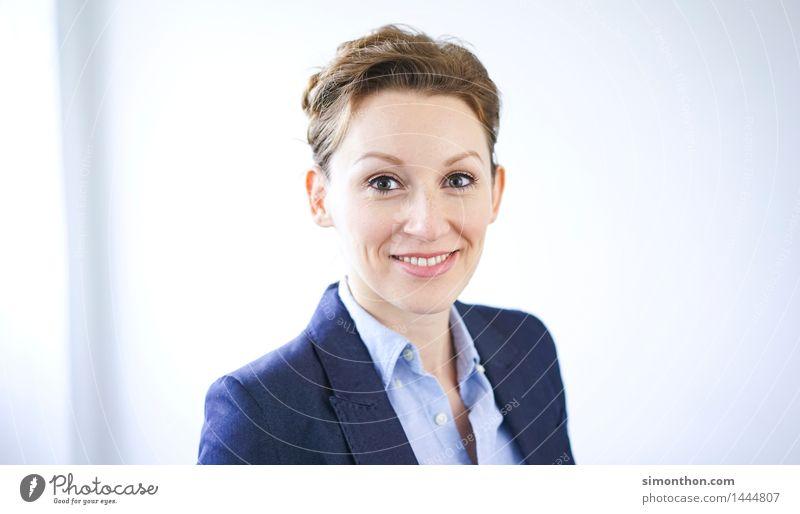 Business Mensch feminin Kopf Büro Erfolg Kommunizieren Studium Netzwerk Bildung Sitzung Dienstleistungsgewerbe Karriere Teamwork Unternehmen Berufsausbildung