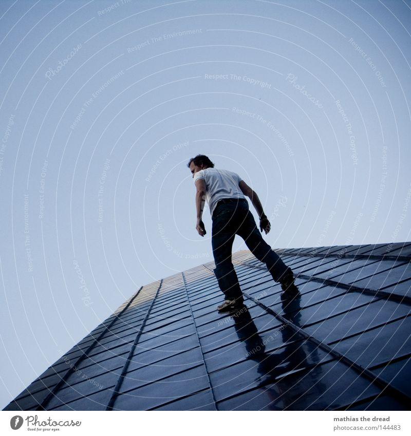 WHO IS THE MAN Mensch ruhig Tod Leben Architektur Bewegung Kunst laufen hoch mehrere Geschwindigkeit gefährlich verrückt Kraft Aktion Zukunft