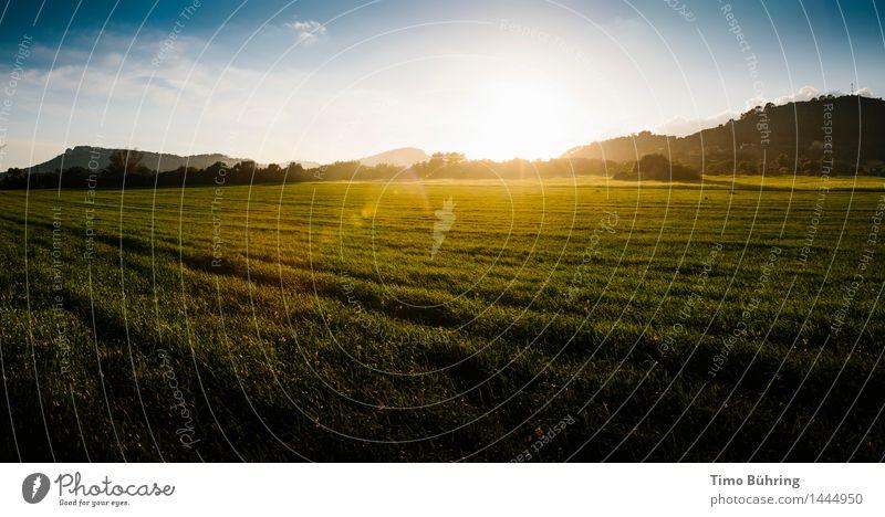 Sonnenuntergang Berge und Felder Ferien & Urlaub & Reisen Tourismus Abenteuer Ferne Freiheit Sommer Sommerurlaub Natur Landschaft Himmel Sonnenaufgang