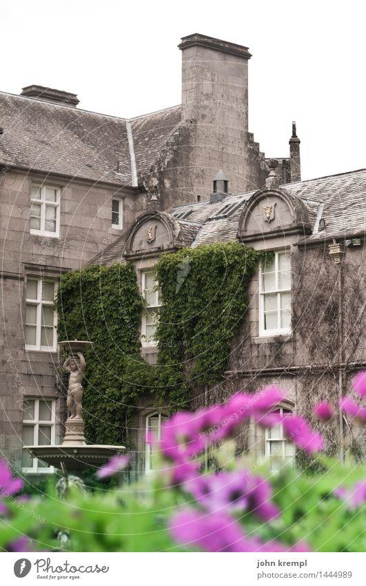 Balmoral balmoral Schottland Palast Burg oder Schloss Bauwerk Fassade Sehenswürdigkeit Bekanntheit historisch retro grau Macht diszipliniert standhaft