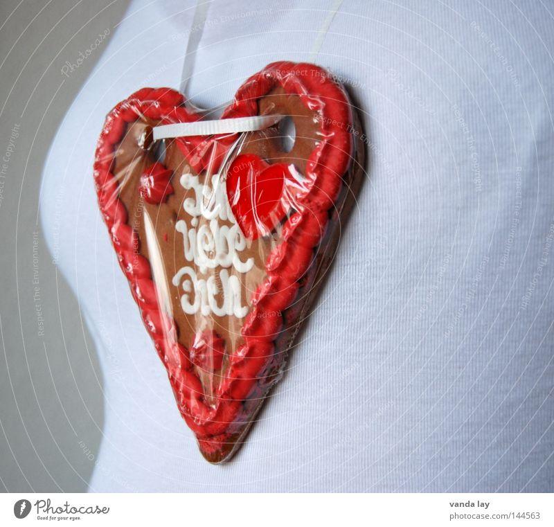 Ich liebe dich Herz Lebkuchenherzen Brust Torso Frauenbrust alt Jahrmarkt Wiese Cannstatter Wasen Ernährung Vegetarische Ernährung Süßwaren Zucker Kalorie
