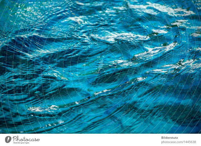 Wasser Natur blau Erholung ruhig Umwelt Bewegung natürlich Schwimmen & Baden glänzend frisch Wellen nass weich Urelemente Wellness